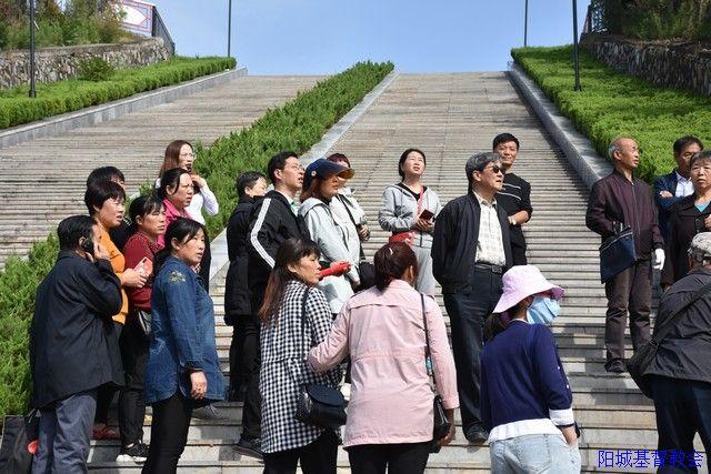 阳城基督教两会常委参观町店战役纪念园